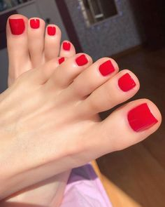 Pretty Toe Nails, Cute Toe Nails, Pretty Toes, Foot Pedicure, Pedicure Colors, Manicure And Pedicure, Pedicures, Acrylic Toes, Nice Toes