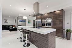 Modern Home Decor Kitchen Decor Interior Design, Interior Decorating, Glass Cooktop, Kitchen Gallery, Custom Kitchens, Modern Kitchens, Grey Flooring, Cuisines Design, Home Decor Kitchen
