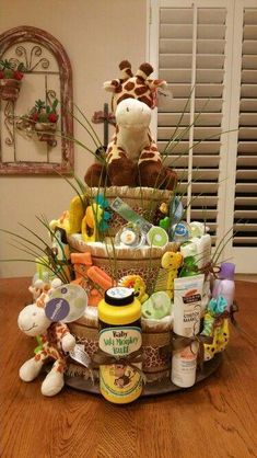 Ideas For Baby Shower Decorations Jungle Theme Diaper Cakes Baby Shower Cakes, Regalo Baby Shower, Baby Shower Diapers, Baby Shower Fun, Baby Shower Parties, Baby Shower Themes, Baby Shower Gifts, Baby Gifts, Shower Ideas