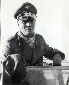 German Field Marshal Erwin Rommel in North Africa, Jun 1942 greatcoat scarf.