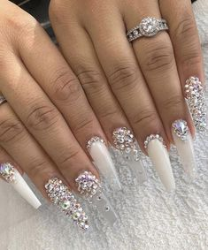 62 Acrylic Nail Designs With Rhinestones Bling Part 13 White Stiletto Nails, Nail Design Stiletto, Bling Acrylic Nails, Summer Acrylic Nails, Best Acrylic Nails, Rhinestone Nails, Acrylic Nail Designs, White Acrylic Nails With Glitter, Ongles Bling Bling
