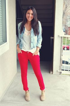 I've been dreaming of red jeans for months. Red jreams. Can't wait to get my own pair!~~