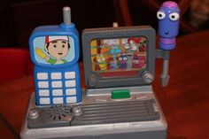 Fisher-Price-Handy-Manny-Fix-It-Talking-Phone-Turner