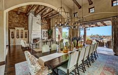 Scottsdale and Paradise Valley, Arizona Luxury Celebrity Mansions Ranch Homes For Sale, Celebrity Mansions, Luxury Property For Sale, Bookshelves Built In, Tuscan Style, Elegant Homes, Luxury Real Estate, Great Rooms, Luxury Homes