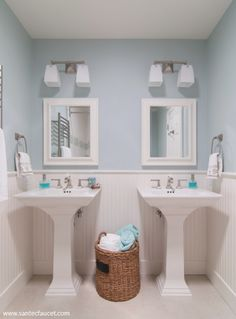 Small Bathroom Design with Wainscoting. 20 Small Bathroom Design with Wainscoting. 3 Tips for Small Bathrooms Hall Bathroom, Traditional Bathroom, Bathroom Top, Dining Room Wainscoting, Luxury Bathroom, Wainscoting Height, Beadboard Wainscoting, Bathroom Design, Pedestal Sinks