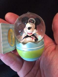 Mini Disney Mickey snow globe
