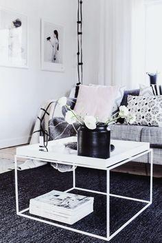 Beautiful living room via the blog My Living.
