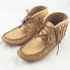 """Native Women's Moosehide Fringe Moccasins Boots Made In Canada Features: Handmade by Canadian Native American Indians Genuine Moosehide Leather Ankle High with Fringe (6"""") Double Sole with Foam In-bet"""
