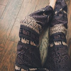 Can we just talk about these joggers from @theelephantpants and how perfect they are for fall!? Get yours at TheElephantPants.com #theelephantpants #TEP #TEPambassador #savetheelephants #elephants #IEF #brandsthatgiveback #fashionwithacause #namasté #yourecool #saveelephantsfeelgood  #5an #brandambassador