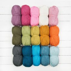Stylecraft Special DK Jane Crowfoot CAL 15 Ball Colour Pack of knitting yarn in Sunshine & Showers. Get a color pack for your next knitting project - perfect for blankets and shawls. Find more color packs at LoveKnitting.