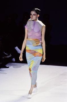 Comme des Garçons Spring 1997 Ready-to-Wear Collection Photos - Vogue