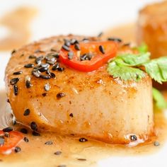 This pan fried scallop recipe makes a lightly lemon and butter flavored scallop.