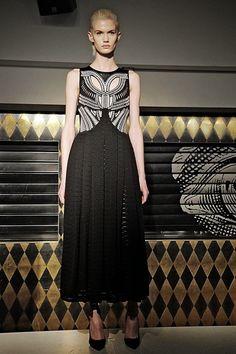 Manuel Facchini Inverno 2105 - London Fashion Week    por Shely Alencar | Shely Bianchi       - http://modatrade.com.br/manuel-facchini-inverno-2105-london-fashion-week