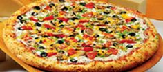 Pizza is so yummy it could blow your mind up!(don't allways eat pizza or you will turn in to pizza)*:) Pizza Cool, I Love Pizza, Perfect Pizza, Italian Fast Food, Italian Recipes, Italian Foods, Pizza Restaurant, Pizza Rica, Pizza Legal