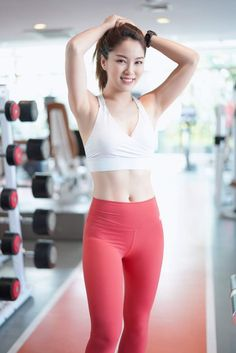 Pretty Asian Girl, Sexy Asian Girls, Beautiful Asian Girls, Sporty Outfits, Athletic Outfits, Glam Photoshoot, Amy, Vietnamese Traditional Dress, Lingerie Outfits