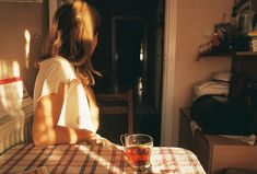 Image discovered by bruno. Find images and videos about girl, photography and vintage on We Heart It - the app to get lost in what you love. We Heart It, Indie, Mood, Morning Light, Story Inspiration, Light And Shadow, In This Moment, Vintage, Solitude