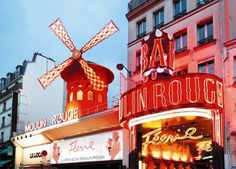 moulin-rouge-exterieur-paris
