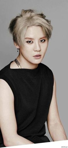 The image which matches JUST  Xiah Junsu