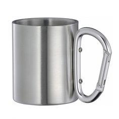 Mug à café avec anse mousqueton - A partir de 4.33 € / Tarifs sur devis (contact@objetpubenligne.com) -  Réf. OGART1038    Ce mug tout métal peut être facilement accroché à la ceinture ou à votre sac à dos lors de sorties grâce à sa anse mousqueton.