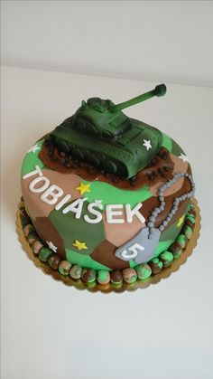 Camouflage Party, Army Camouflage, 7th Birthday, Birthday Cake, Birthday Parties, Army Cake, James 1st, Army Party, Cake Decorating