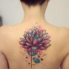 90 Stunning Watercolor Tattoo Designs and Ideas - euTAT Tatoo Lotus, Lotus Flower Tattoo Meaning, Lotus Flower Tattoo Design, Flower Tattoo Meanings, Floral Tattoo Design, Flower Tattoos, Lotusblume Tattoo, Tattoo Motive, Back Tattoo