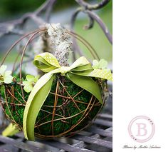 Flower girl basket of twig and moss