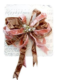 ✂ That's a Wrap ✂ diy ideas for gift packaging and wrapped presents - velvet ribbon - Gracious Gifts - Beautiful Ribbons & Bows Creative Gift Wrapping, Creative Gifts, Wrapping Ideas, Pink Christmas, Christmas Wrapping, Christmas Time, Ribbon Work, Ribbon Hair, Hair Bows