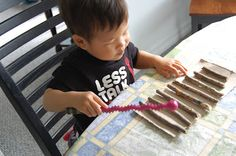 {Nature Made Musical Instruments} A fun and creative way to make a nature walk a full blown adventure.