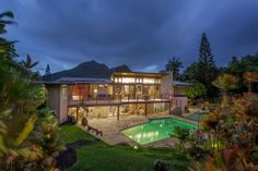 Open House Pick of the Week: A Gorgeous Kailua Home Designed by a Frank Lloyd Wright Student - Real Estate - October 2014 Kailua Hawaii, Oahu, Hawaii Vacation Rentals, Natural Waterfalls, Real Estate Photographer, Hawaii Homes, Hawaii Life, Home Ownership, Naomi Campbell