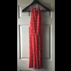 Old Navy red dress w. white sailboats Super cute, worn once. Old Navy size small red dress with white sailboats. Strong ties around neck... Like other items in my closet? Leave a comment and I can bundle items to save you shipping costs! Old Navy Dresses