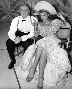 Van Johnson and Esther Williams between shots of Easy to Wed. That dress!!