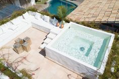 Image 2 of 77 from gallery of Villa Fulô / Catálise Arquitetura. Photograph by Studio Filmes Bohemian Chic Home, Mallorca Island, Natural Swimming Pools, Natural Pools, Villa, Style Rustique, Vacation Home Rentals, House Rentals, Parisian Apartment