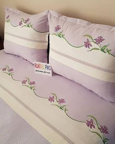 Pillow Case Crafts, Pillow Cases, Embroidery Patterns, Hand Embroidery, Bed Cover Design, Baby Sheets, Viking Tattoo Design, Bed In A Bag, King Bedding Sets