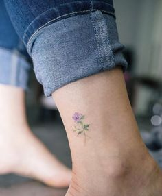 Small flower ankle tattoo little tattoos, small lily tattoo, dainty flower tattoos, small Mini Tattoos, Cute Tiny Tattoos, Pretty Tattoos, Beautiful Tattoos, Body Art Tattoos, Small Tattoos, Tatoos, Arrow Tattoos, Dainty Flower Tattoos