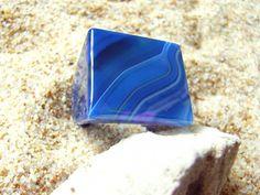 Sortija Ipanema. Ágata azul con preciosas vetas.