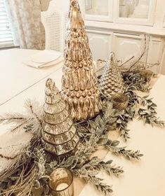 A Glimpse of our Warm, Chic Christmas Decor Silver Christmas Decorations, Christmas Tablescapes, Christmas Centerpieces, Holiday Decor, Seasonal Decor, Winter Christmas, Christmas Holidays, Christmas Crafts, Elegant Christmas