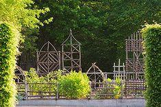 Prieuré dOrsan - beautiful garden sculpture or trellis Potager Garden, Garden Arbor, Garden Trellis, Arbor Gate, Diy Trellis, Herb Garden, Garden Structures, Garden Spaces, Garden Cottage