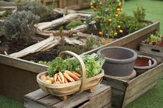 Gardening in a raised bed offers plenty of advantages for the gardener, but there are a few important tips and tricks to keep in mind to grow a successful raised bed garden.