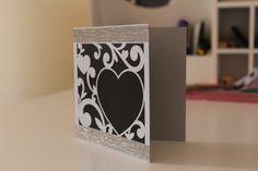 Tarjeta corazón 12.5 x 12.5cm 185g Color negro y gris Washi tape plateado (Colores personalizados, contacta conmigo)