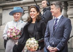 Princess Benedikte, Crown Princess Mary and Crown Prince Frederik in front of Parliament.