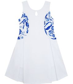 Design Chinese blue and white porcelain floral printed girls sleeveless dress, suitable for both party and everyday dress. Girls Blue Dress, Girls Dresses, Flower Girl Dresses, Flower Girls, House Dress, Everyday Dresses, Flower Fashion, Plaid Dress, White Porcelain