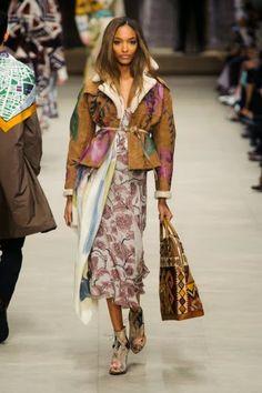 Burberry Prorsum @ London Fashion Week winter 2014-15 - video