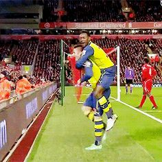 Giroud chicken dance
