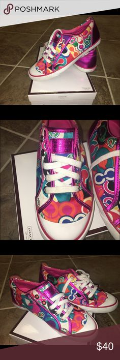 Coach converse styled shoes. Barrett pop print Coach shoes. Same style as converse. Barrett pop c print in multi colored. Size: 7, Width: M. Original box, great shape. Coach Shoes Sneakers