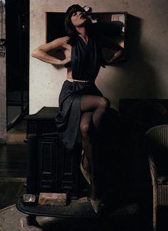 "labsinthe:  ""Mood Indigo"" Kate Moss photographed by Inez & Vinoodh for Harper's Bazaar 2000"