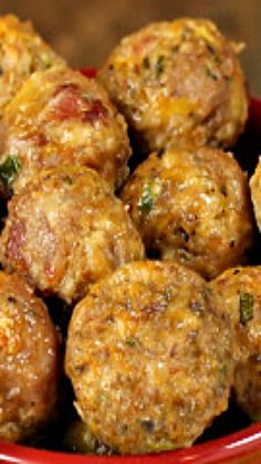 Skinny Jalapeno Popper Meatballs ~ So good, you can't stop poppin' 'em! Simple and delicious.