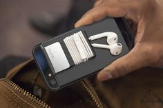This multi-functional and low-profile protective case allows you to carry headphone stranded through a detachable clip.
