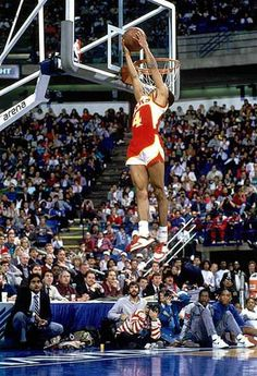 Spud Webb dunking at 5' 7""