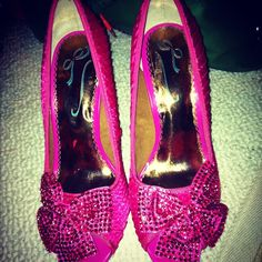 Wedding Shoes! Hot pink!