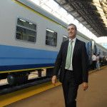 Randazzo despidió en Retiro el primer tren 0km con pasajeros a Rosario